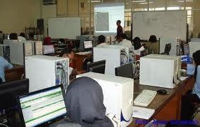 Manfaat komputer dan internet bagi masyarakat luas