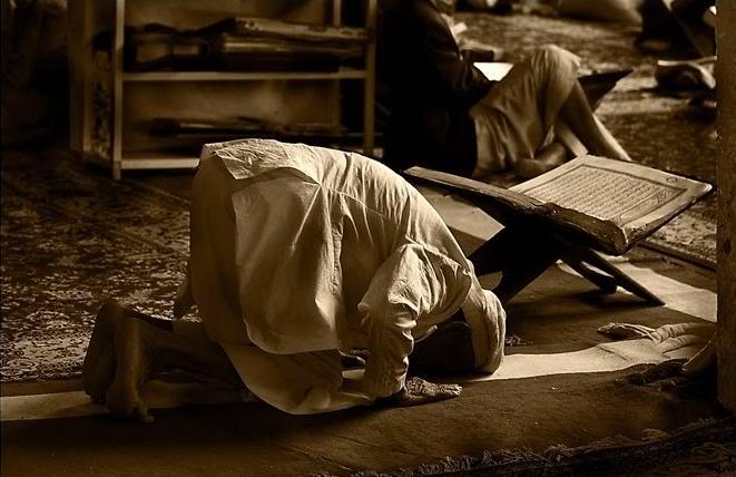Shalat sebagai Kunci Pembuka Keilmuan Al Quran (2)