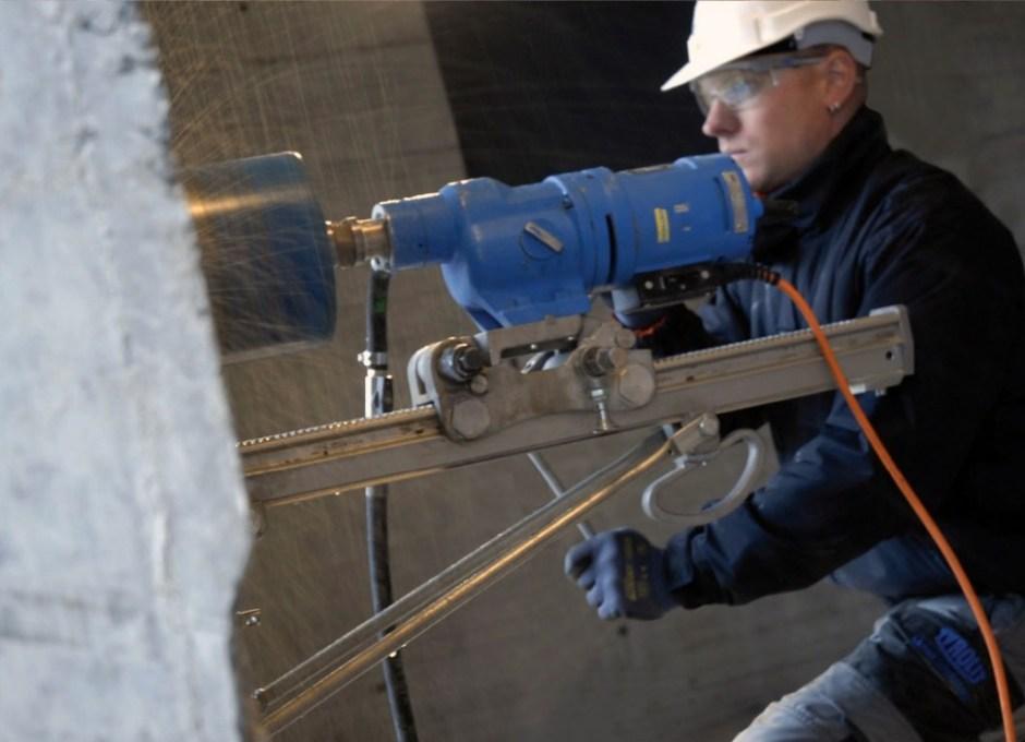 обработка твердых строительных материалов