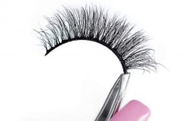 can you reuse fake eyelashes