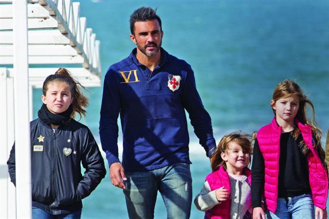 Cubero se hizo una escapada a Mar del Plata con sus hijas