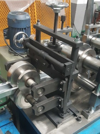 Roll Forming Mill Straightener