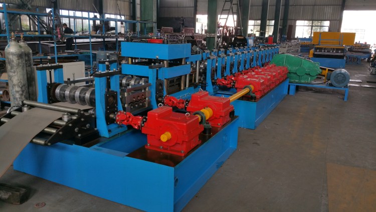 2 wave guardrail roll forming machine