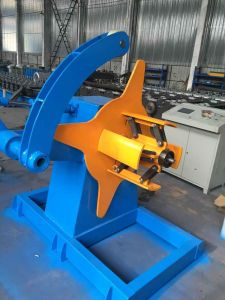 Upright rack roll forming machine uncoiler