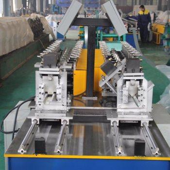 Multi Stud Machine