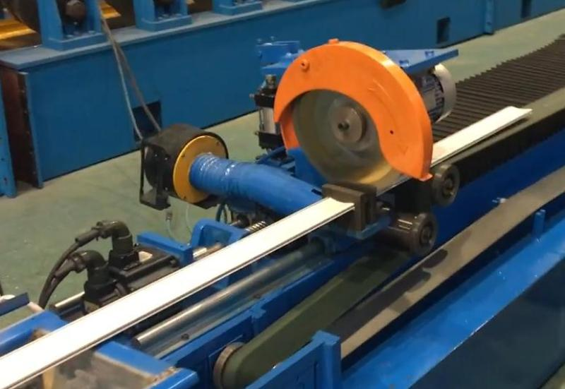 servo motor tracking saw cutting machine