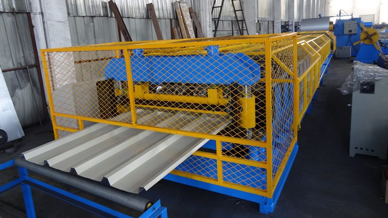 cropped Economic Design Roofing Sheet Roll Forming Machine