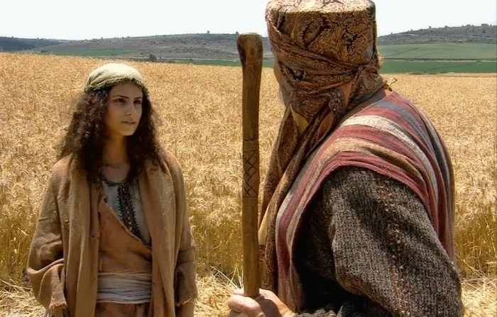 Ruth meets Boaz