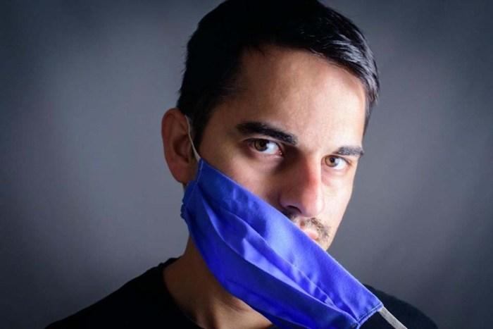 hireling pastor says no facemasks