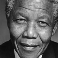 Grandes Biografias - Nelson Mandela
