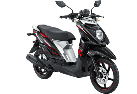 yamaha-x-ride-hitam-adventure-black-2015