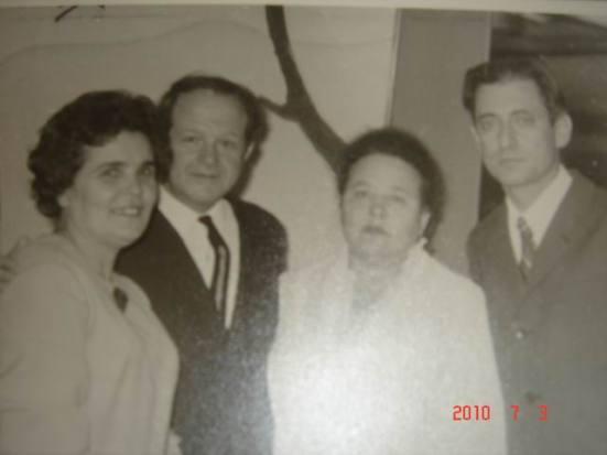 semyi M. i N. Komisarchik
