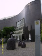 Kunstsammlung Nordrhein-Westfalen K20 am Grabbeplatz