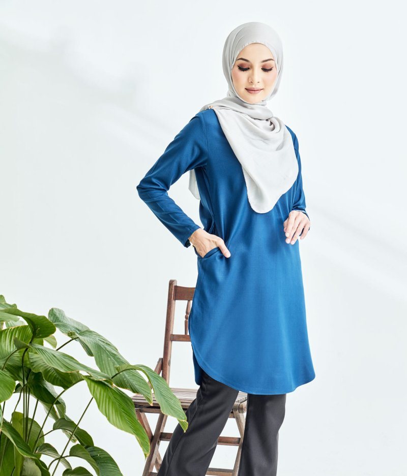 Lily Long Top Royale Blue