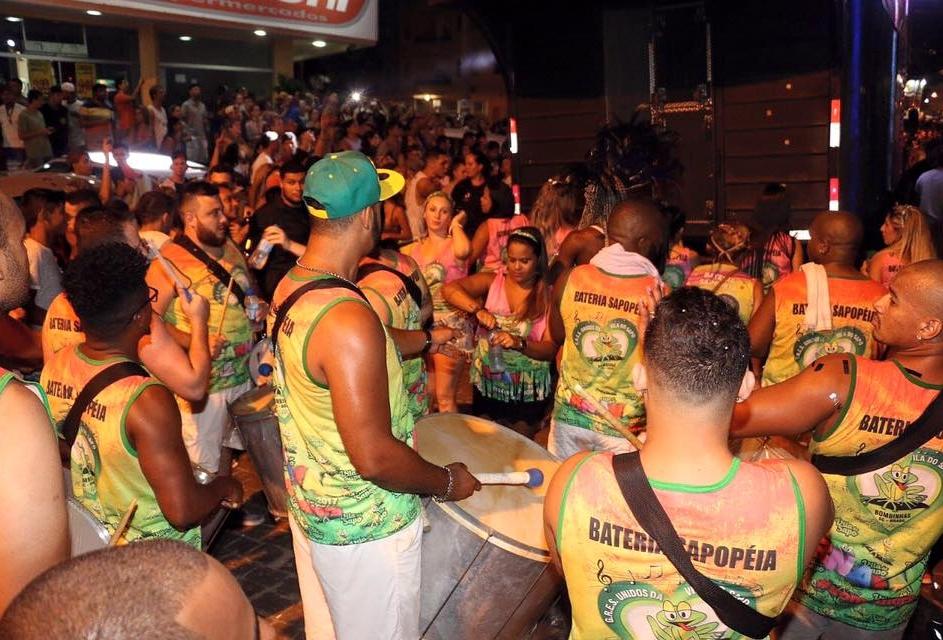 Pacote de Carnaval em Bombinhas