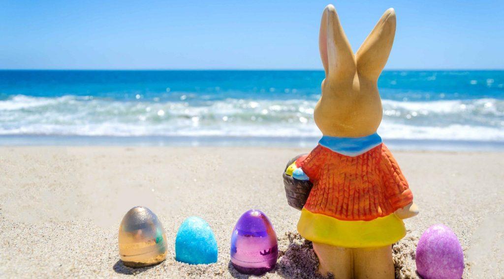 Feriado De Páscoa Frente Ao Mar De Bombinhas. Paquete Pascua