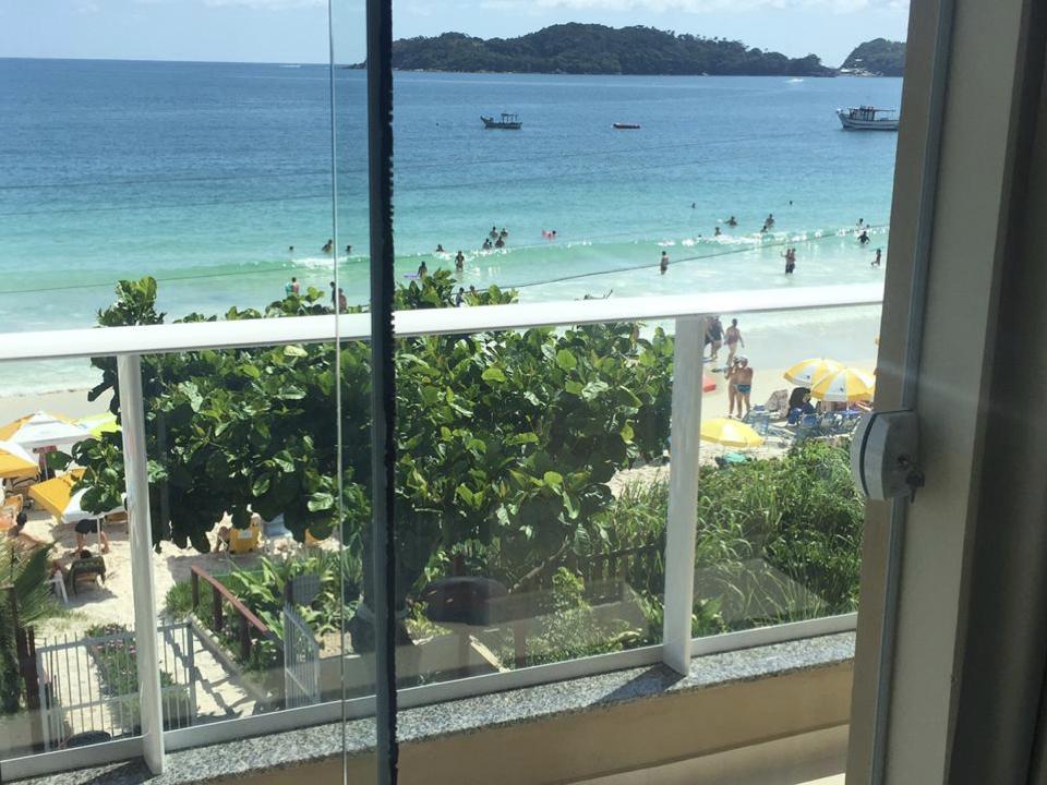Apartamento Frente Ao Mar De Bombinhas - Vista Do Quarto