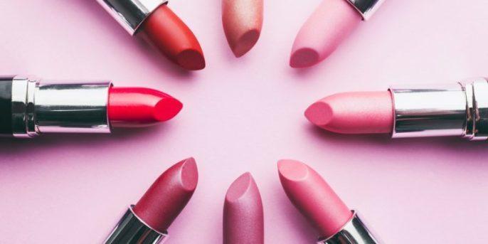 ClioMakeUp-cose-peggiori-makeup-incubi-trucco-rossetto-denti-starnuto-smalto-mascara-eyeliner-6