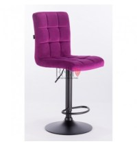Elegant high chairs perfect for beauty salon and makeup salons