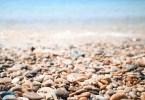 kavicsos tengerpart