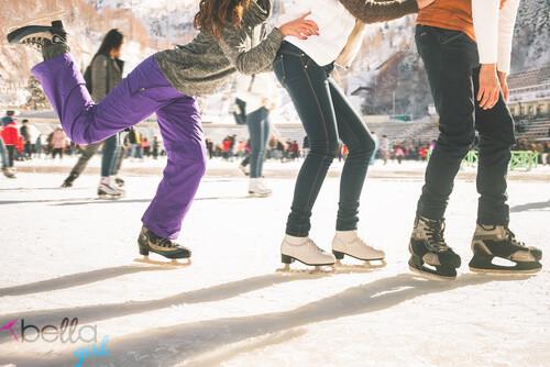 korcsolyázni