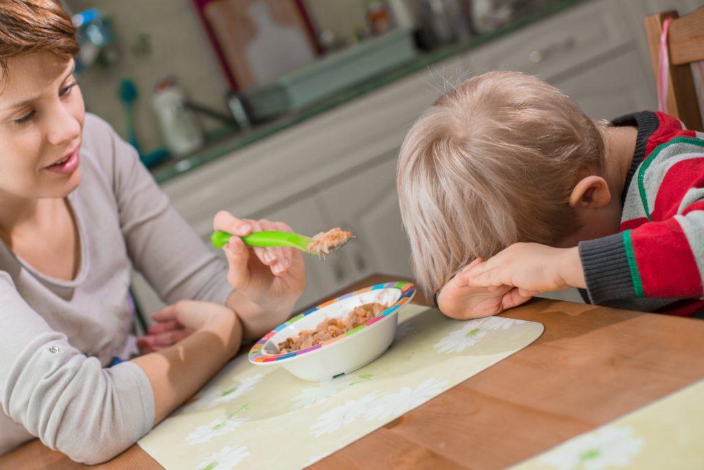 10 Съвета, как да накараме детето да яде -bellamie