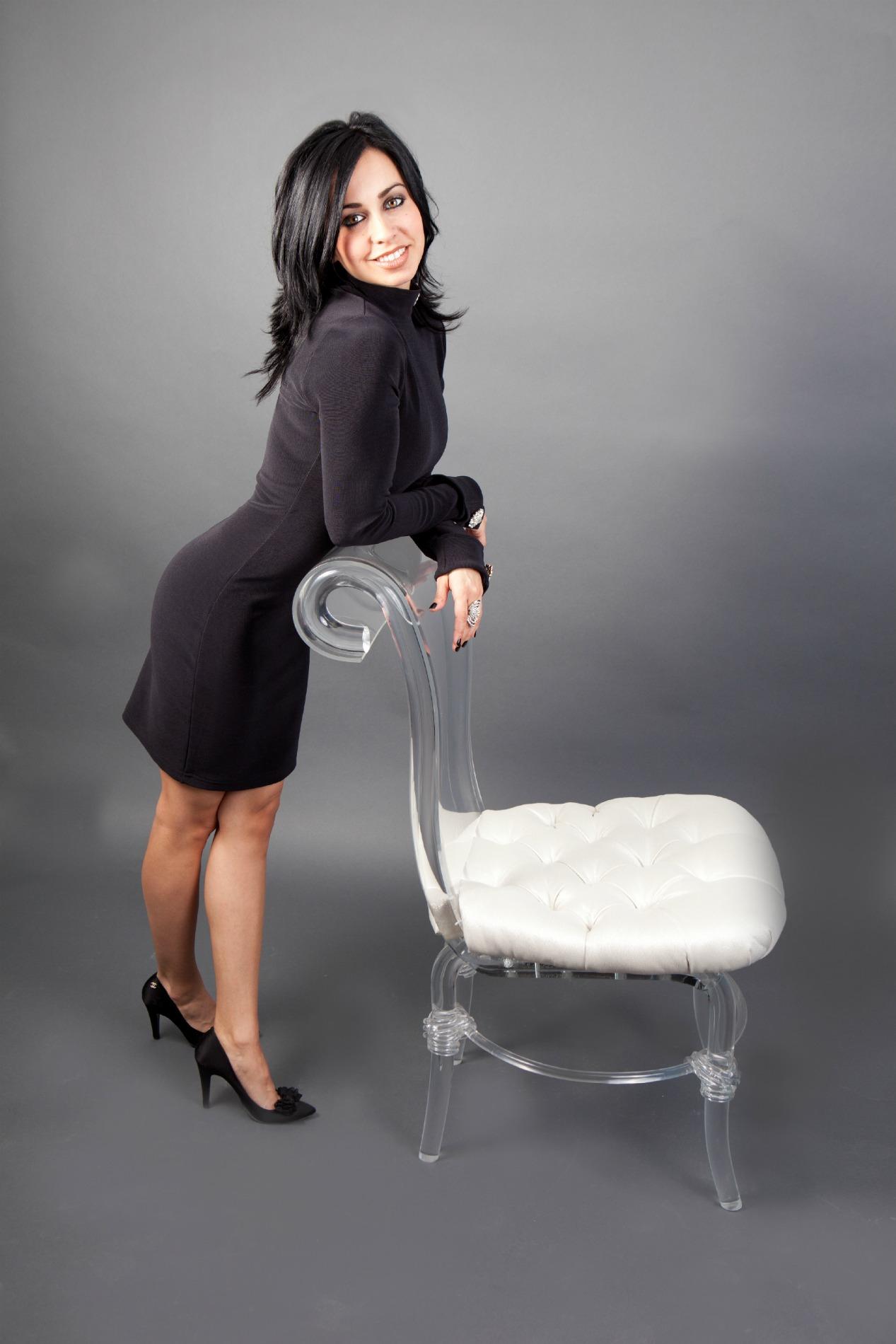 HGTV Interior Designer Vanessa DeLeon Fall Home Design