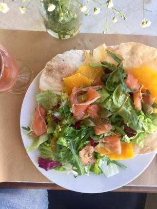 Maus Habitos salmon salad