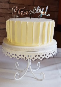 Textured buttercream cakes, are a simple elegant way to design your wedding cake in the Philadelphia area