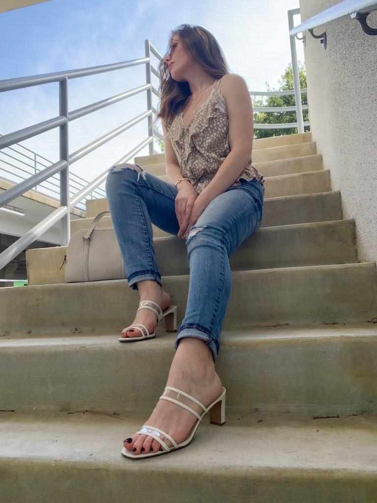Houston blogger Maria Munoz sitting on steps