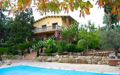 Ocasió: casa de 232 m² en venda a Bellaterra