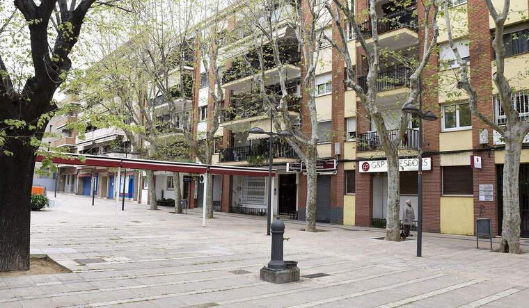 Carrers buits al centre de la ciutat pel confinament