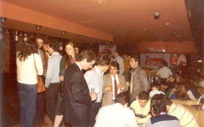 Uns bellaterrencs munten un pub a Sant Cugat
