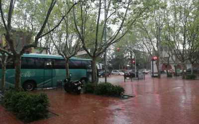 Les entitats insten a l'EMD que canalitzi les peticions veïnals i mediï pels busos escolars