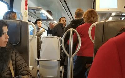 """Un jove increpa a una dona amb crits de """"¡Cállate, catalana de mierda!"""""""