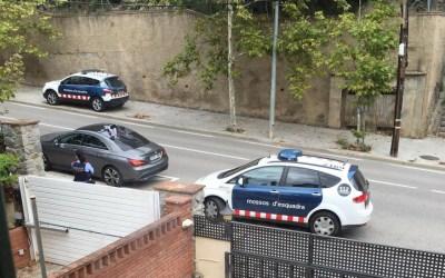 Falsa alarma per uns joves sospitosos de vigilar cases per robar a Bellaterra