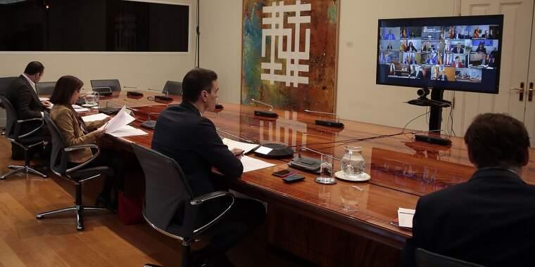 Reunió de Pedro Sánchez per videoconferència amb els presidents autonòmics