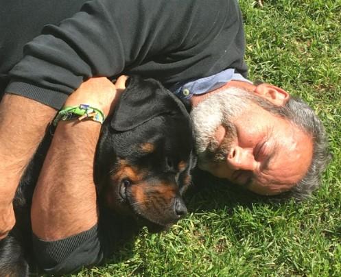 Joan Garriga, amb el seu gos | Cedida