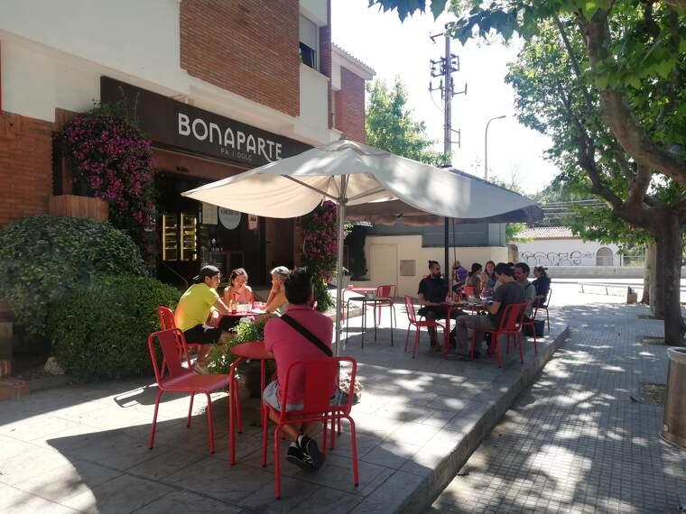 Terrassa del cafè Bonaparte en la fase 1 | Toni Alfaro