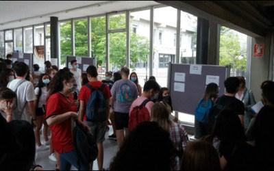 VÍDEO | Els estudiants de la UAB reclamen poder fer els exàmens a casa