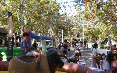 [FOTOS] (1/10) Inflables, titelles i mercat d'intercanvi a la Festa Major de Bellaterra 2019