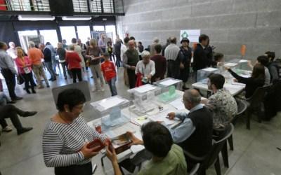[FOTOS] Les imatges de la jornada d'eleccions municipals i europees a Bellaterra