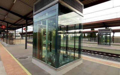 Renfe acaba les obres de millora a l'estació de Cerdanyola Universitat