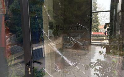 Acte vandàlic a l'EMD de Bellaterra