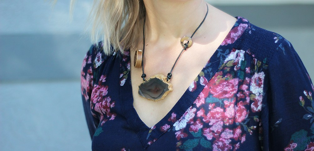 How To Wear Artisan Jewelry: Sliced Agate