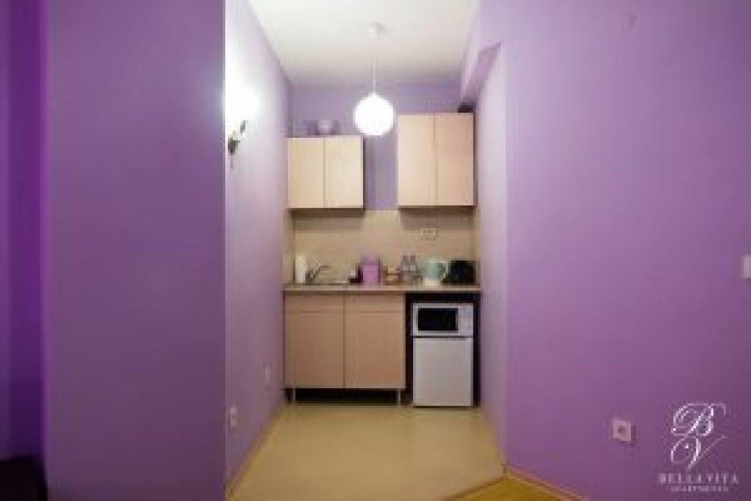 Обзаведен кухненски бокс в апартамент под наем Благоевград