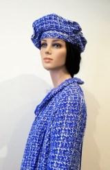 Manteau et accessoires en tweed bleu