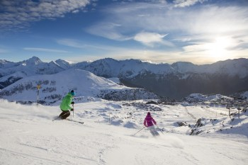 Alpe d@huez offers an extensive range of slopes to suit every level of skier and boarder