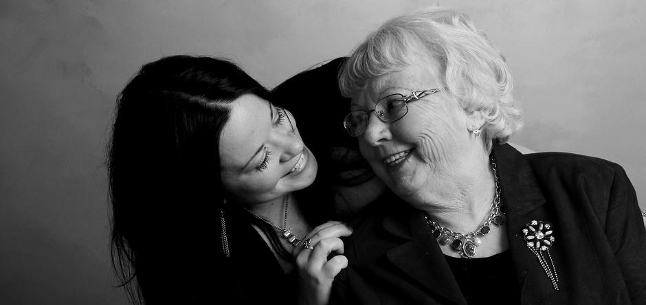 grandmother-453131_1280