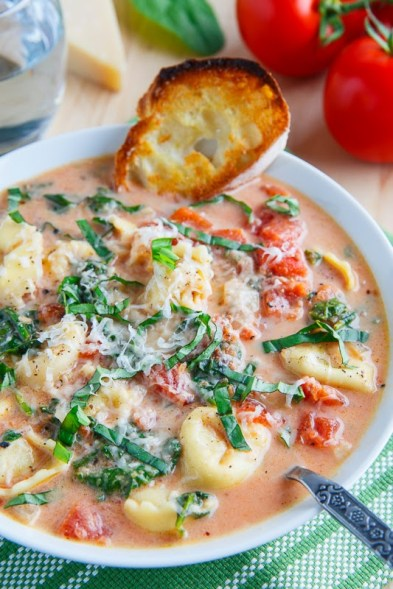 Creamy Parmesan Tomato and Spinach Tortellini Soup 800 1866